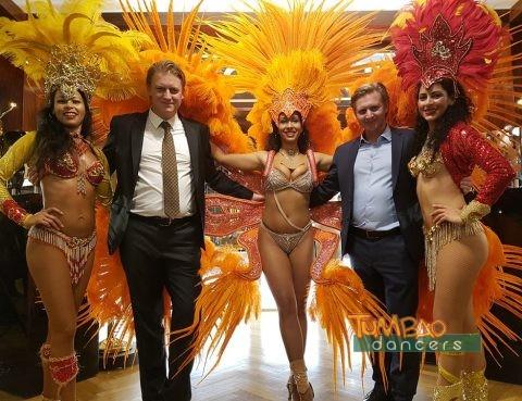 Samba Tänzerinnen mit Machhiarte GFs