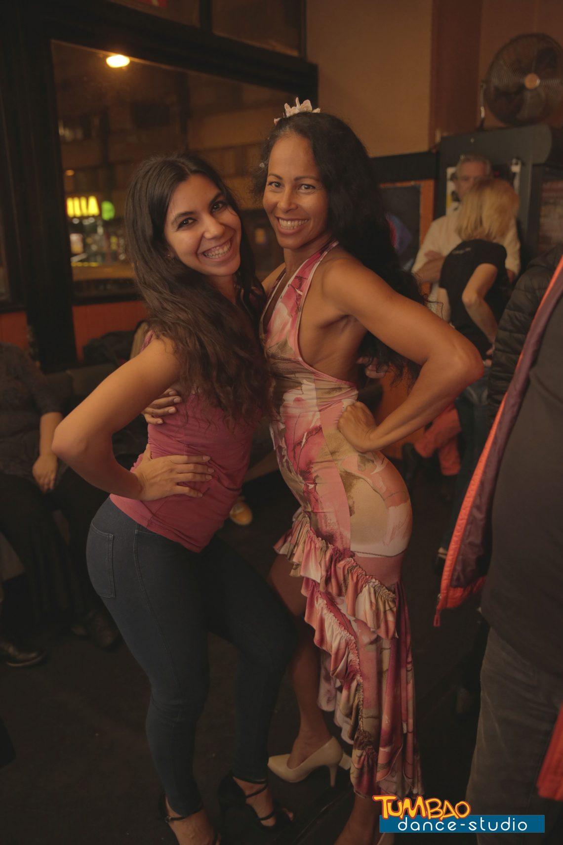 Salsa Queens